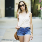 #fashion #fashionblogger #fashionista #style #fashionstyle #ootd #fashionable #fashiongram #instafashion #fashionweek #model #jeans #photography #love #2019 #moda #modeling #modellife #beauty #modelo #short #lingerie #aixenprovence #marseille #septemeslesvallons #french #frenchgirl #concept